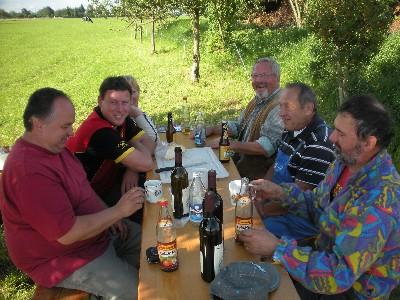 1. Goldgelb-2011-Aktion!!! Drainagen-Verlegung auf dem Acker am 1. 9. 2010