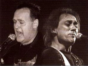 """""""Besa-Blues"""" mit Köberlein und Dannemann im Krummhardter Besa am 1.04.2004"""